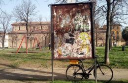 Affissioni artistiche per superare la crisi